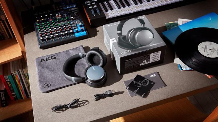 Samsung ra mắt tai nghe AKG Y600 NC và AKG Y400, sử dụng công nghệ âm thanh AKG giá chỉ từ 139 USD