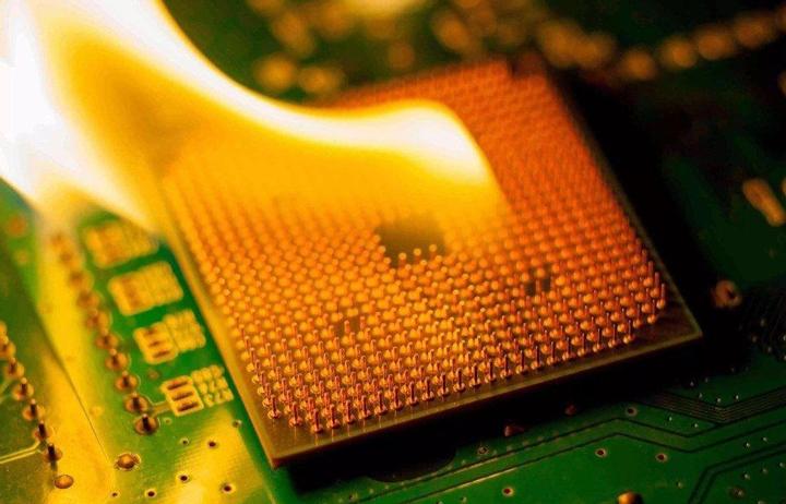 Để CPU quá nhiệt sẽ ảnh hưởng ra sao đến máy tính của bạn???