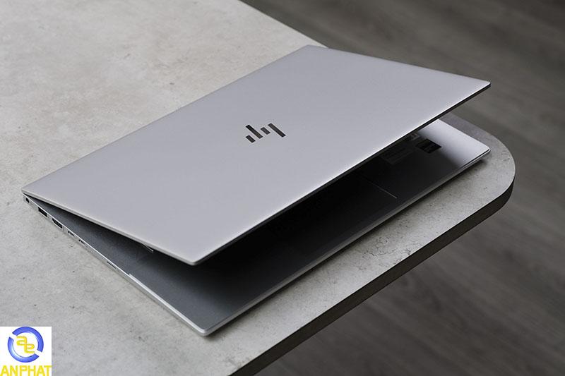 HP Envy 15 2020: mỏng nhẹ, sang trọng, cấu hình mạnh hướng tới đối tượng khách hàng cao cấp.