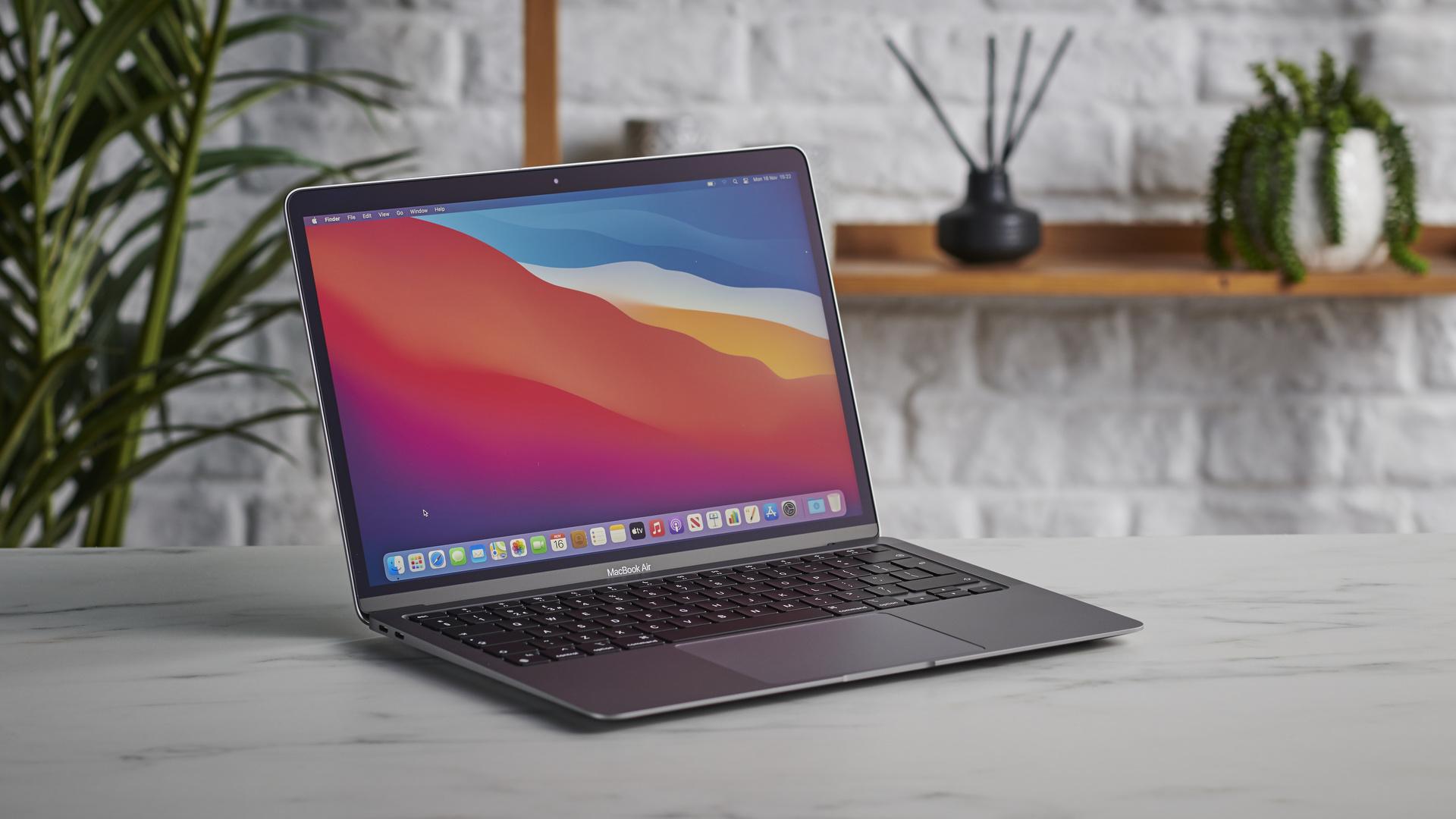 Chip M1 của Apple làm Surface Pro X ngao ngán khi chạy Windows 10 ARM nhanh gấp nhiều lần