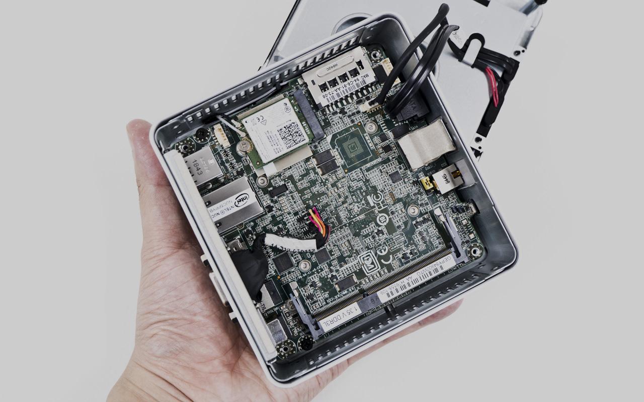PC Intel NUC Kit NUC5PPYH Doanh Nghiệp Cần Bạn? Bạn Cần Tôi Không?