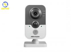 Camera Hikvision DS-2CD2410F-IW hình hộp mini 1MP Hồng ngoại 10m